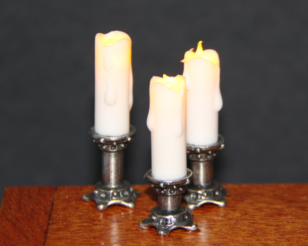 Flickering Candles